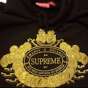 Supreme Sweatshirt & Tshirt Bundle